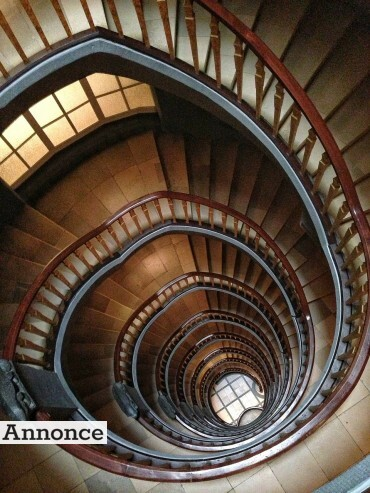 stairs-113610_1280